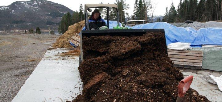 Kompostering er et viktig virkemiddel for å resirkulere og bevare næringsstoffer. Foto: Anita Land, NORSØK