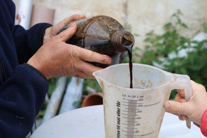 Flytende gjødsel med innhold av nitrogen og kalium, og 20 % tørrstoff . Foto: Ole Engen