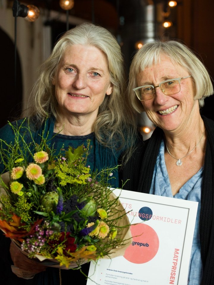 Redaktør Anita Land og fagredaktør Grete Lene Serikstad i agropub.no. Foto: Joachim Sollerman