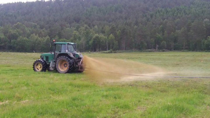 Gjødsling blir ofte forbundet med manglende bærekraft i landbruket. Foto: Ildri Kristine Bergslid