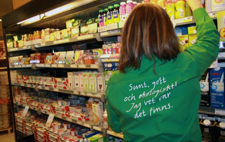 I fjor utgjorde andelen økologiske matinnkjøp i offentlige virksomheter 35 prosent av totalt matinnkjøp. Foto: Anita Land